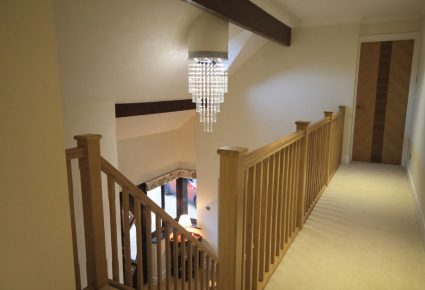 New-Upstairs-Landing-differ