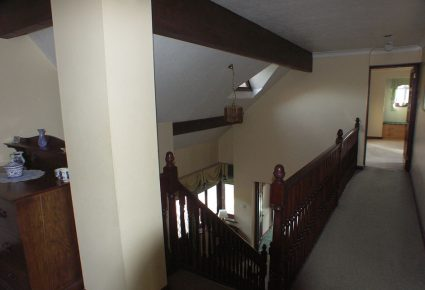 Old-Upstairs-Landing-differ